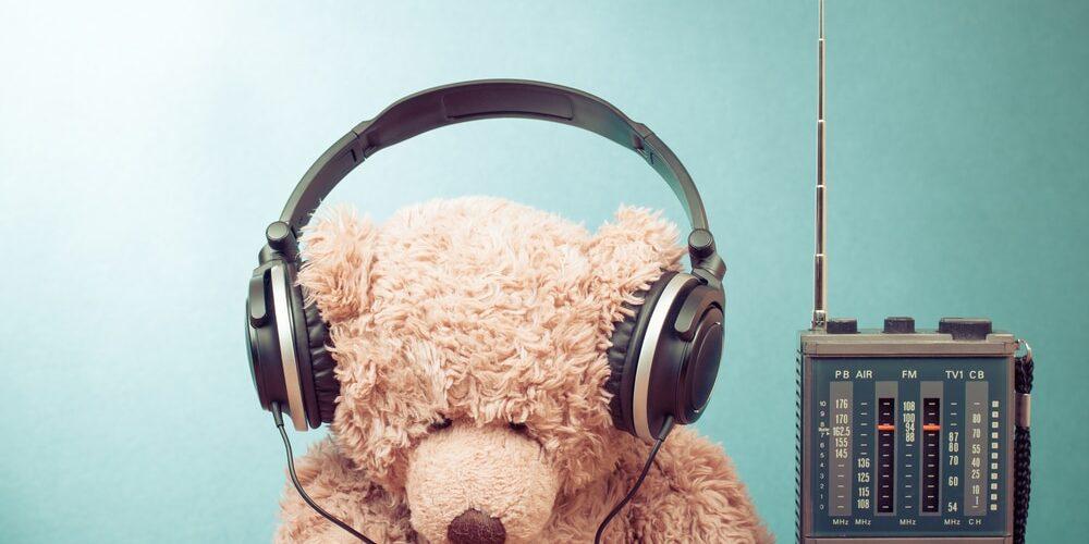 STOCK Radio Bear
