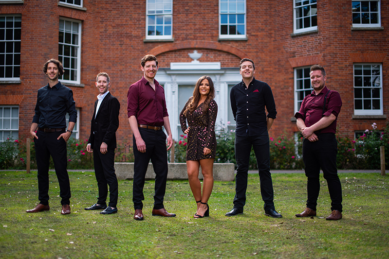 Deloreons Band Salisbury Live