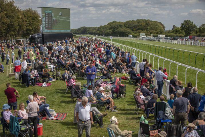 Salisbury Racecourse spectators